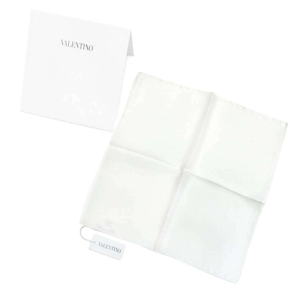 Шелковый свадебный платок в карман пиджака Valentino 821021